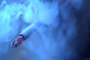 Как удалить запах сигарет?